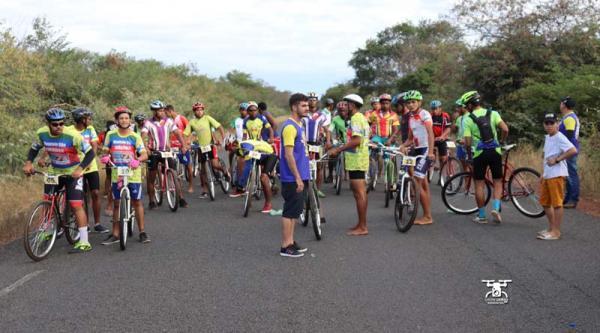 Aconteceu nos dias 29 e 30 de junho na cidade de Oeiras Pi O 4º Grande Prêmio de Ciclismo de Oeiras